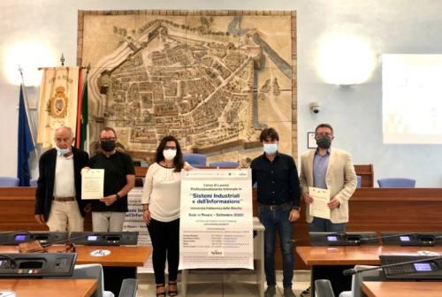 """Pesaro, un voucher per iscriversi al corso universitario """"Sistemi industriali e dell'informazione"""""""