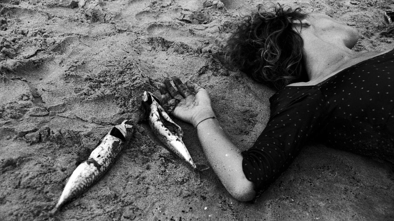 Femme à la mer(e) 2011 © Alìta, alias Rita Santanatoglia