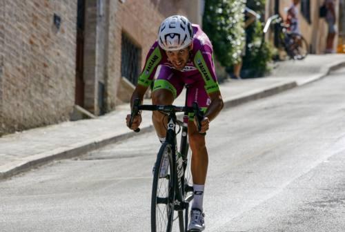 Il ciclista fanese Carboni: «La Tirreno-Adriatico mi ha fatto capire che sto crescendo»
