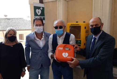 Jesi, donati due defibrillatori alla città in ricordo di Martina Gobbi
