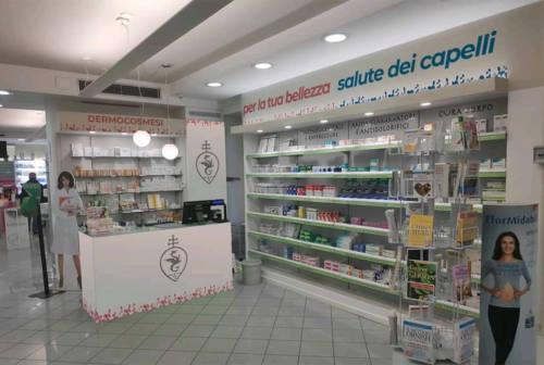 Pesaro, pretende di entrare senza mascherina in farmacia. «Sono contagioso». Si scatena il panico