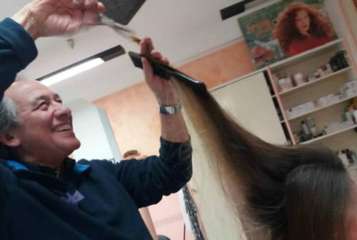 Ostra: ha appeso le forbici al chiodo Giorgio Berrettini, pioniere in Italia dei parrucchieri unisex