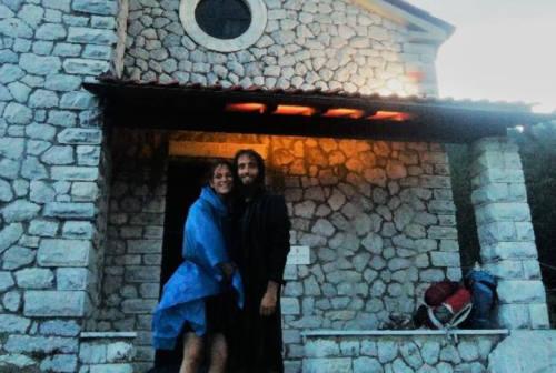 A piedi lungo la Linea Gotica, il viaggio della memoria con gli jesini Giulia e Gabriele