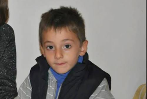 Tragico incidente a Petritoli, l'addio al piccolo Kristian