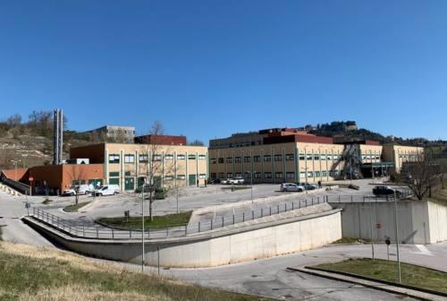 Mancanza di personale all'ospedale di Camerino, il sindaco: «Servono soluzioni di lungo periodo»