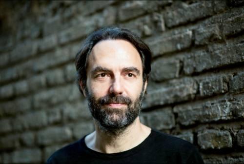 Neri Marcorè: «Al Pergolesi di Jesi finalmente su un vero palcoscenico»