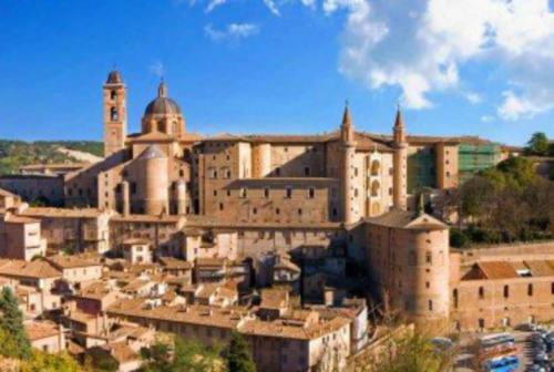 Urbino, mascherina obbligatoria nei pressi di seggi, scuole e fermate bus per il 20 e 21 settembre
