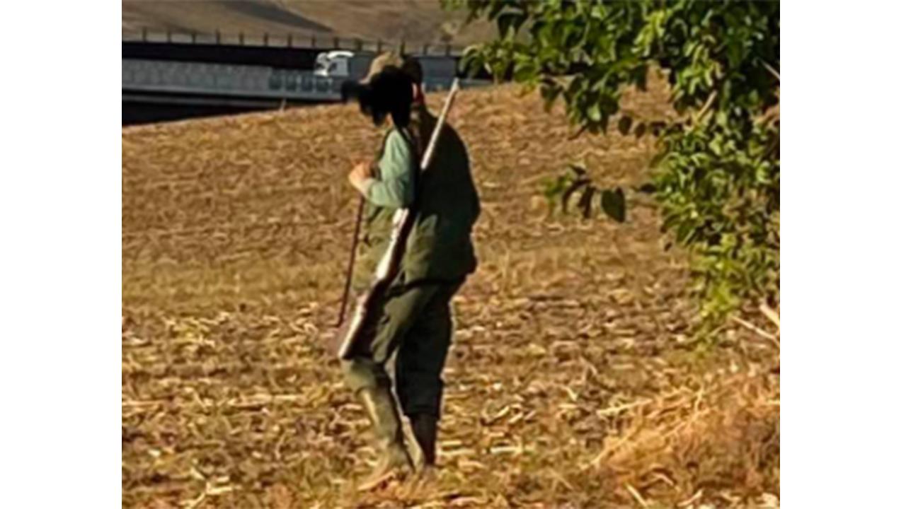 il cacciatore a Senigallia che ha colpito coi colpi di fucile un'abitazione in campagna