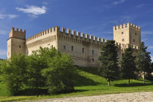 Tolentino, sistemazione del Castello della Rancia con i fondi dell'otto per mille