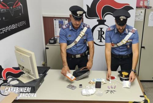 Jesi, i Carabinieri arrestano due spacciatori: sequestrate cocaina e marijuana