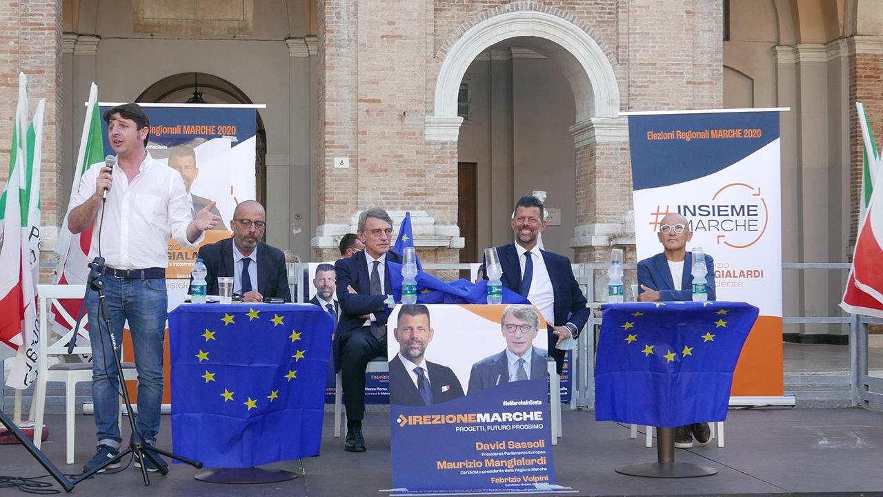 L'intervento del segretario Pd Marche Giovanni Gostoli