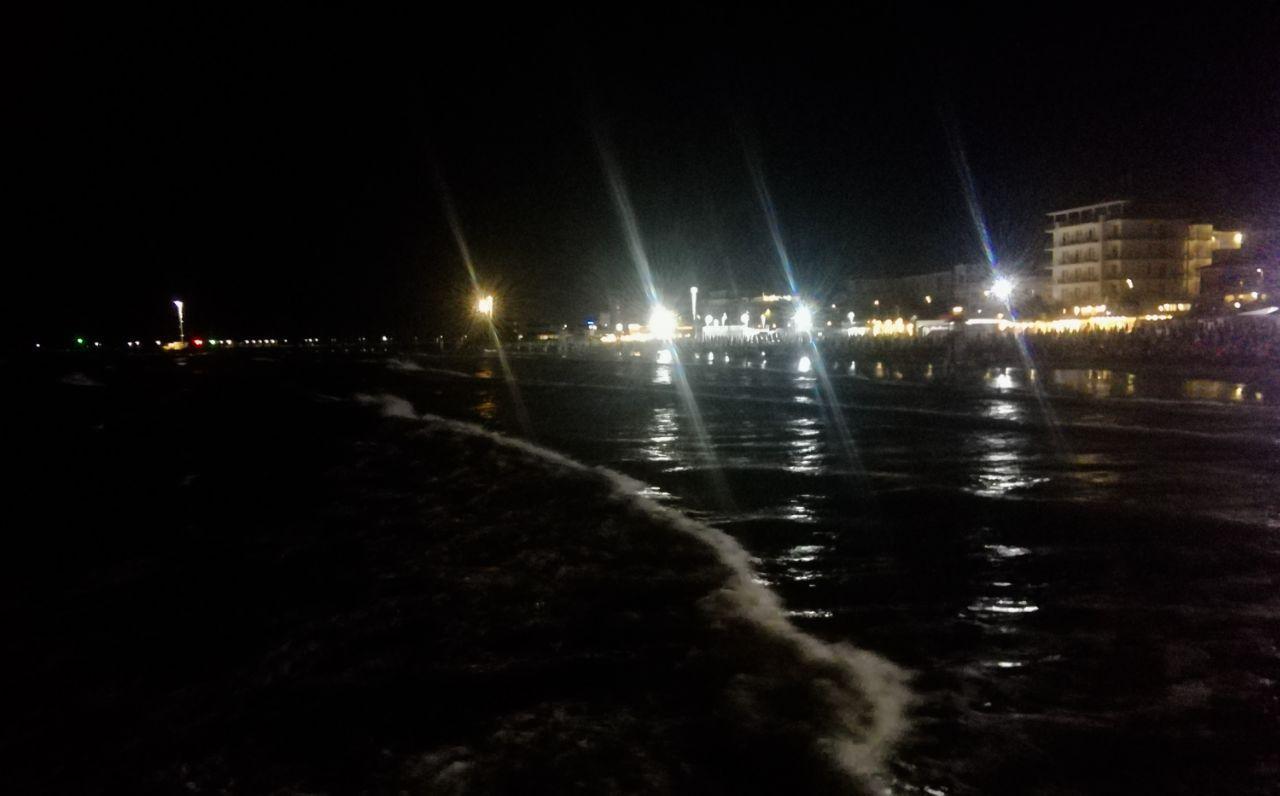 Il lungomare di Senigallia di notte