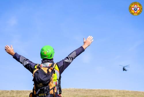 Autunno in montagna, il Soccorso alpino: «Comunicate il percorso e attenzione all'abbigliamento»