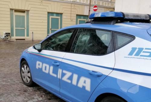 Pesaro, chiama la polizia inscenando una rapina ma viene smascherato