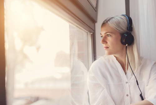 La musica veicolo delle emozioni: perché ascoltarla ci fa sentire bene?