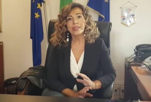 Falconara: 13 positivi al Covid, 72 in isolamento. Il sindaco Signorini si appella ai giovani