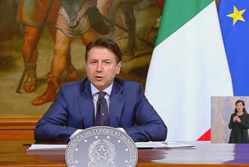 Italia in zona rossa per 10 giorni, è stretta da Natale alla Befana