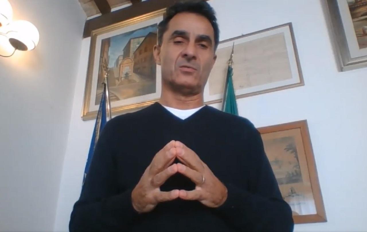 Il videomessaggio del sindaco di Loreto Moreno Pieroni