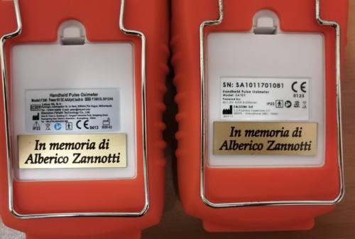 Ancona, donano due saturimetri alla Croce Gialla in memoria del compianto padre