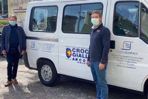 Tecnosurface al fianco della Croce Gialla di Ancona: sistemato il pulmino per disabili