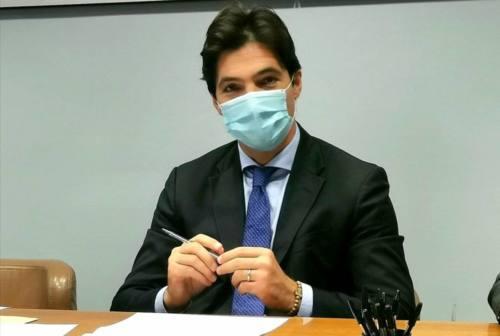 Scuole, Acquaroli: «Incremento significativo del contagio, domani ordinanza»