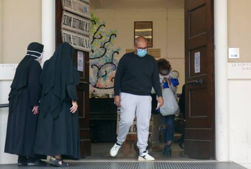 Elezioni Senigallia, Olivetti e Volpini al seggio per il ballottaggio
