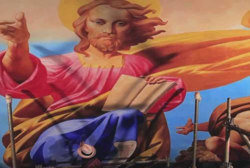 «L'ultimo Michelangelo» che affresca la cattedrale di Noto: Bruno D'Arcevia si racconta