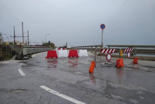 Montemarciano, parti ammalorate e rischio di crollo: il Comune chiude il ponte sul Fosso Rubiano