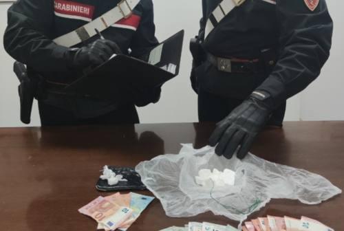 Loreto, in auto con un etto di cocaina: arrestati