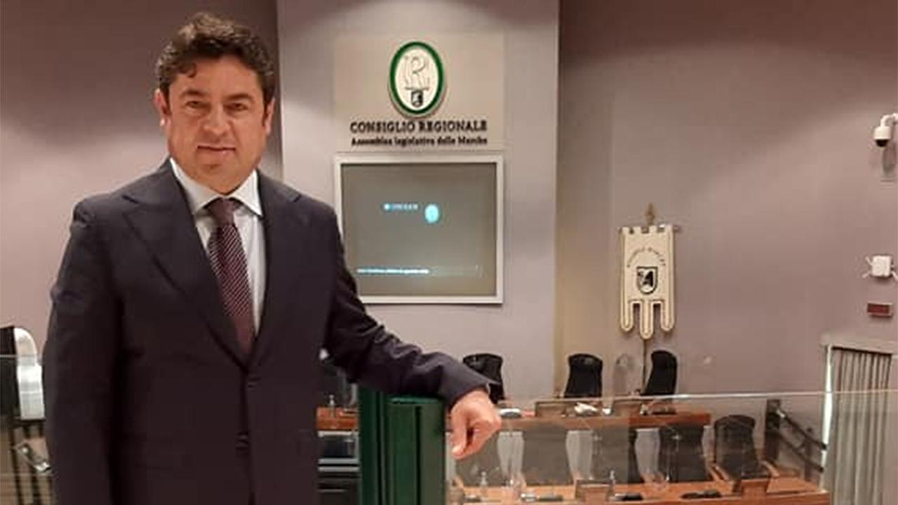 Luca Santarelli in consiglio regionale
