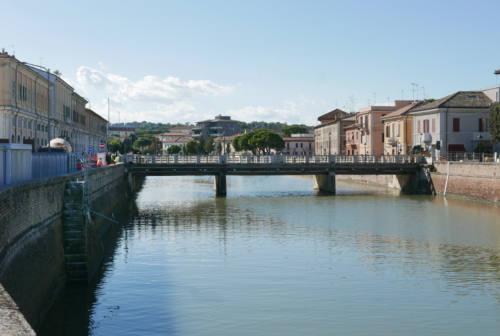 Amo Senigallia: «L'amministrazione aprirà ai veicoli il nuovo ponte II Giugno?»
