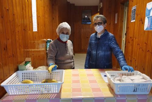 Coronavirus, povertà in crescita: viaggio nella mensa di Ancona