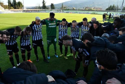 """Ascoli, pareggio in extremis al """"Del Duca"""" con la Virtus Entella. Bianconeri rimasti in 9"""