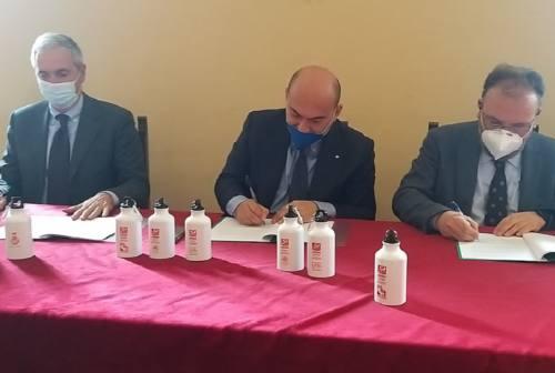 Osimo, con Astea e Aato3 dispenser di acqua nelle scuole e borracce agli studenti