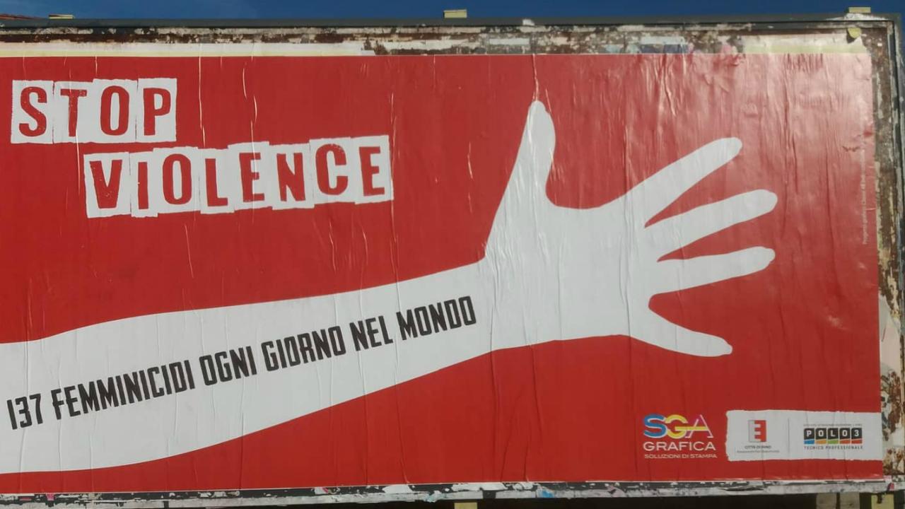 I manifesti affissi per la città di Fano
