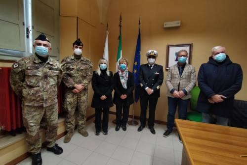 San Severino, arrivano i medici militari alla casa di riposo: «Con questi angeli stiamo più tranquilli»