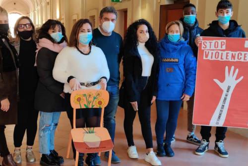 A Fano la lotta contro la violenza sulle donne incomincia dai giovani
