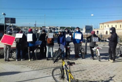Friday For Future Ancona, una pedalata contro lo smog per la mobilità sostenibile
