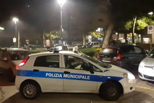 Ancona, violano il divieto di assembramento: 9 adolescenti multati