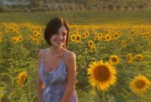 Ciao dolce Camilla, il sole dei suoi occhi si è spento a 23 anni per una malattia