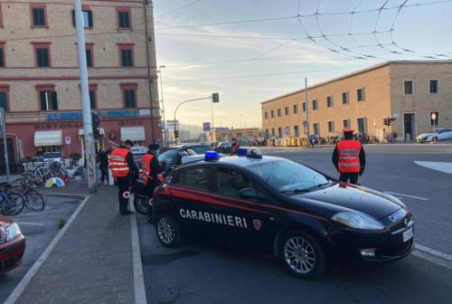 Ancona, ubriachi rompono le fioriere d'arredo: denunciati e multati