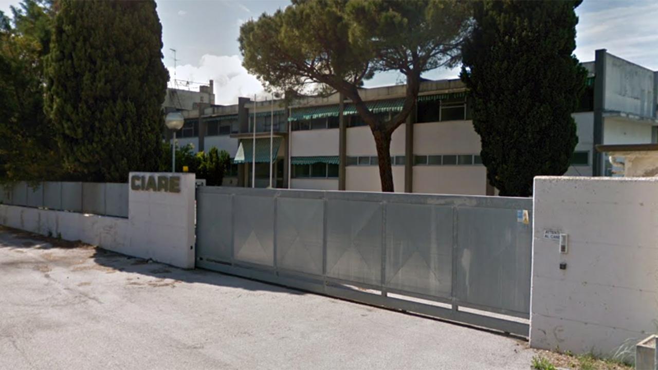 Lo storico capannone dell'azienda Ciare, a Senigallia