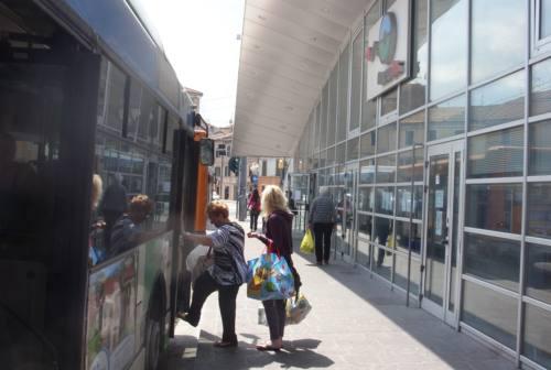 Falconara: il Comune mette in vendita le azioni Conerobus