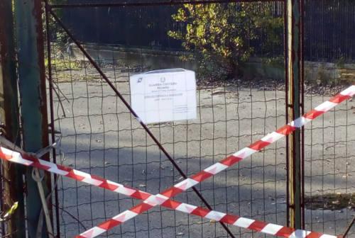 Polistirolo ed elettrodomestici abbandonati sul Foglia, sequestrata area