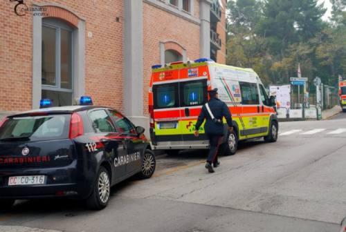 Falconara, pugni sull'ambulanza nell'ora del coprifuoco: danneggiato mezzo della Croce Gialla