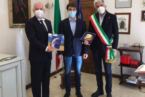 Macerata: il prefetto e il sindaco incontrano Diego Ciccarelli, studente Alfiere del lavoro