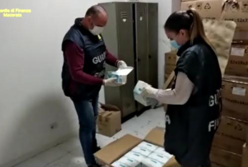 Mascherine fuorilegge: la Guardia di Finanza ne sequestra 300mila nel Maceratese