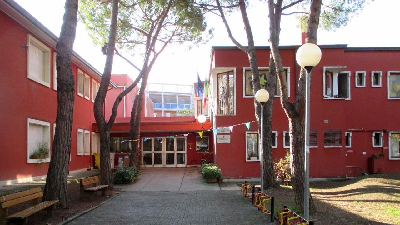 La scuola primaria Leopardi a Senigallia