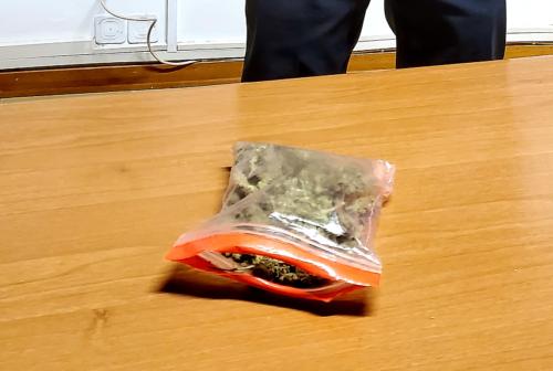 Civitanova, trovato con la marijuana. Era già stato arrestato due volte: in manette un 30enne