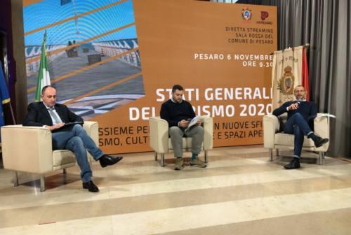 Stati generali del turismo a Pesaro: «Puntare su cultura e ambiente, ma riqualificare alberghi»